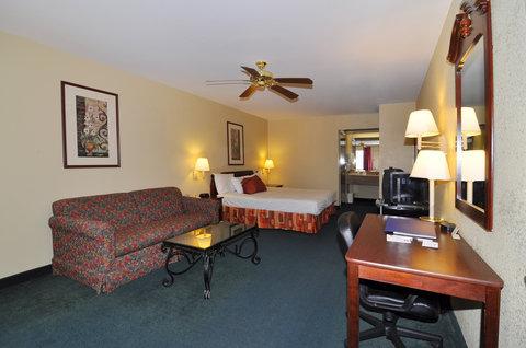 BEST WESTERN La Hacienda Inn - King Guest Room