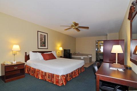 BEST WESTERN La Hacienda Inn - Whirlpool Suite
