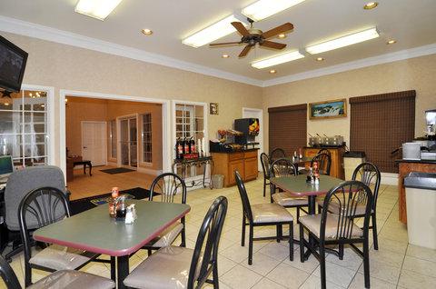 BEST WESTERN La Hacienda Inn - Breakfast Area