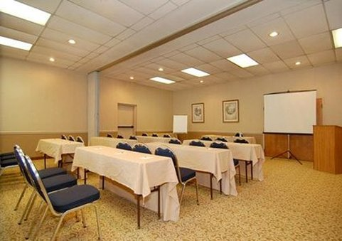Quality Suites - Hickory, NC