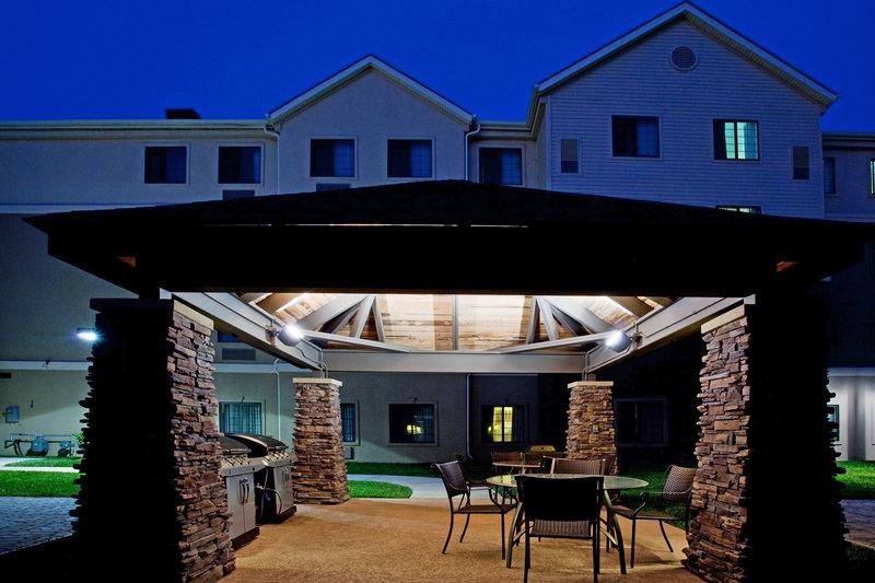Staybridge Suites-Newport News - Seaford, VA