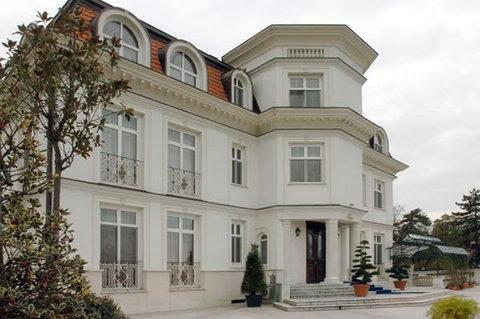 Villa Jelena - Exterior