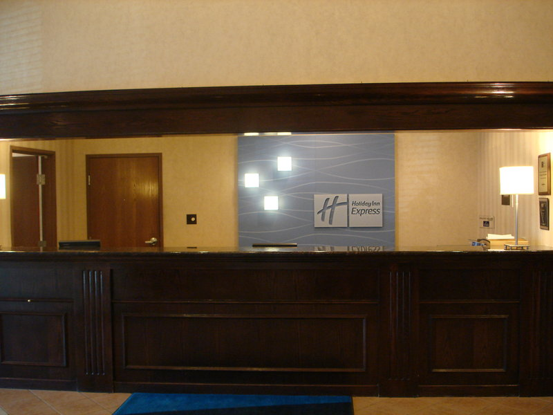 Holiday Inn Express Boston-Milford - Milford, MA