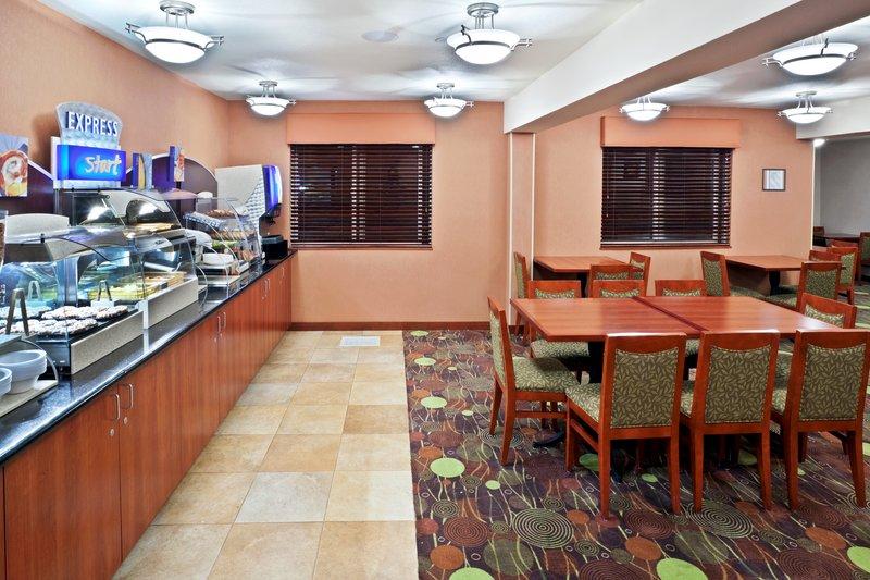 Holiday Inn Express - Lake Oswego, OR