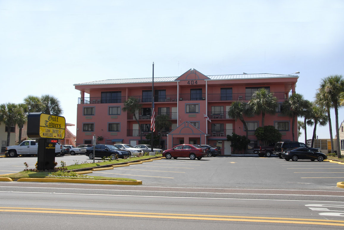 Gulf Towers Resort Motel