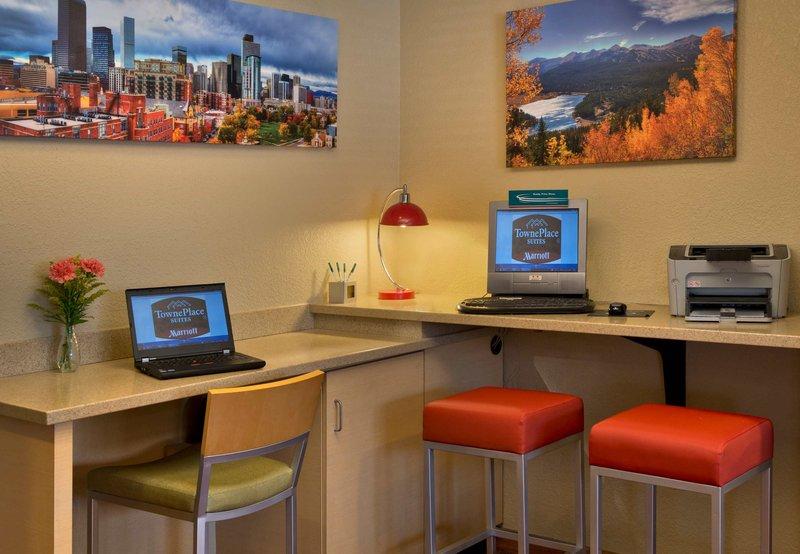 TownePlace Suites Denver West/Federal Center Otros