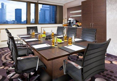Frankfurt Marriott Hotel - Scalar Meeting Room