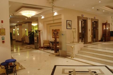 فندق غراند أوروبا - Lobby