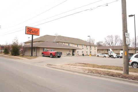 Village Inn Motel - Motel Shots