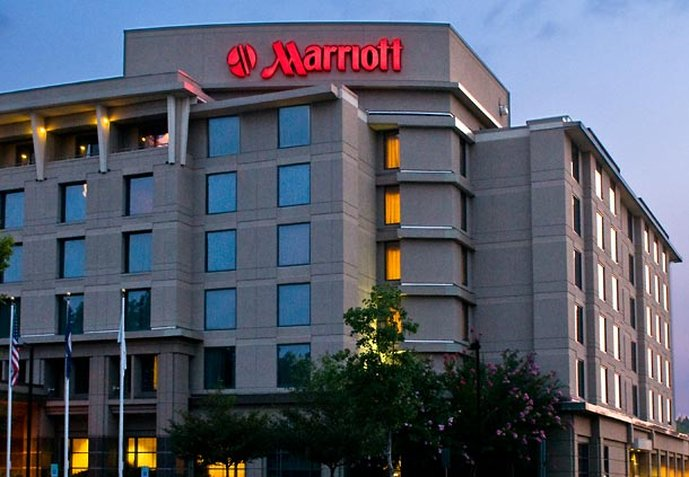 Marriott  Richmond West Fasad