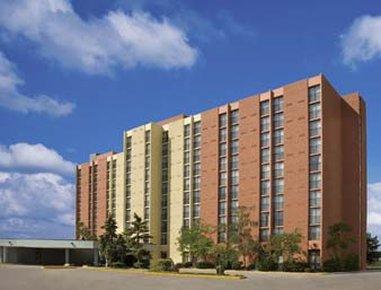 Days Hotel and Conference Centre Toronto Don Valley Ulkonäkymä