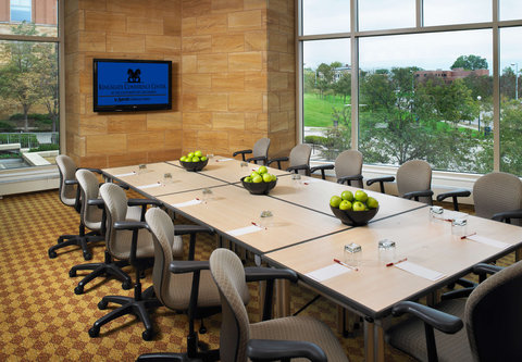 Cincinnati Kingsgate Conference Center Hotel - Meeting Room   Conference Style
