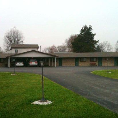 Motel Forrest - Rockville, IN