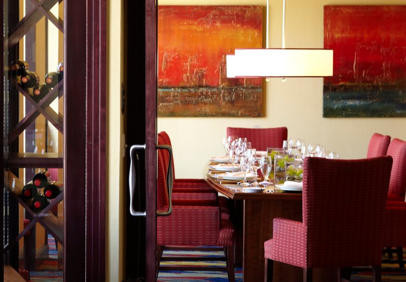 Renaissance Riverview Plaza Hotel Gastronomia