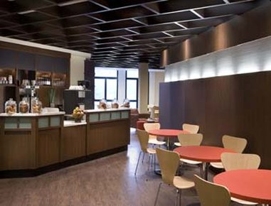Days Hotel and Conference Centre Toronto Don Valley Ravintolat