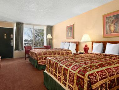 Days Inn Goldsboro - Standard Two Double Bed Room