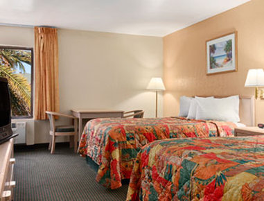 Ramada Limited Fort Myers Hotel - Standard Two Double Bed Room