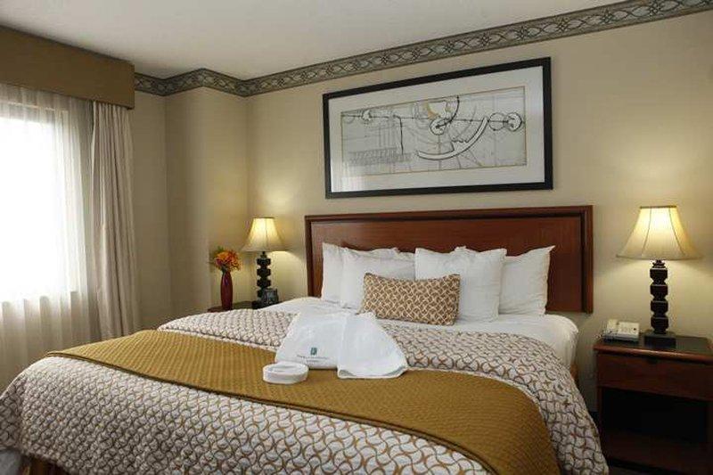 Embassy Suites Louisville Vista della camera
