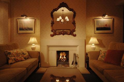 Moorhill House - Lounge