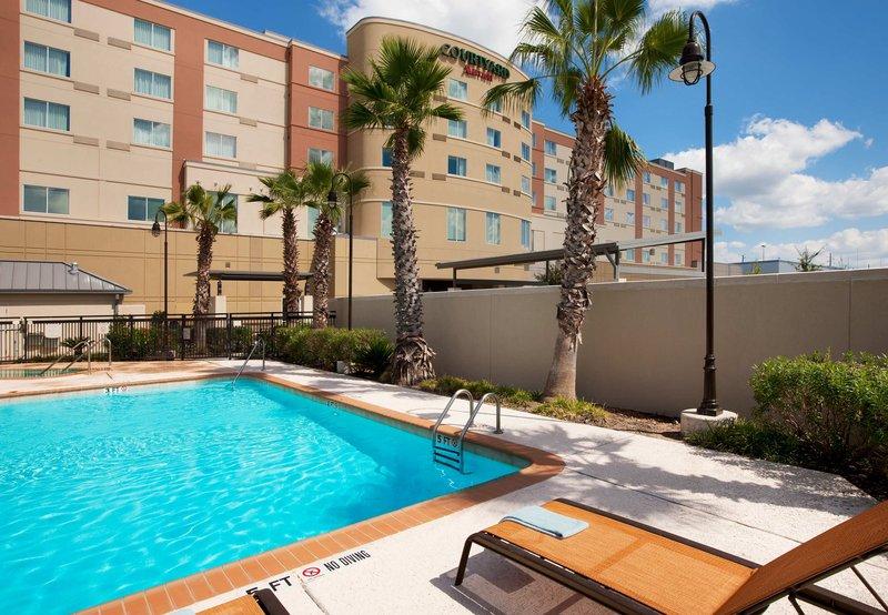 Courtyard Houston Pearland