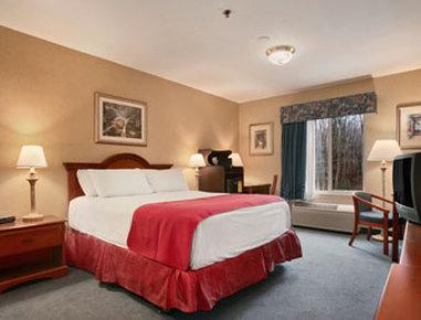 Baymont Inn & Suites Manchester - Hartford CT - Standard King Bed Room