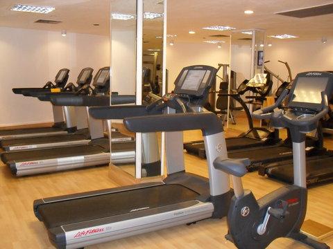فندق ماريوت القاهرة و كازينو عمر الخيام - GYM with new equipment