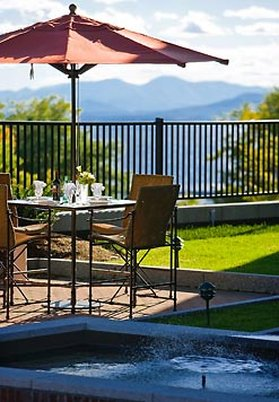 Courtyard By Marriott Burlington Harbor Hotel - Courtyard Terrace Details