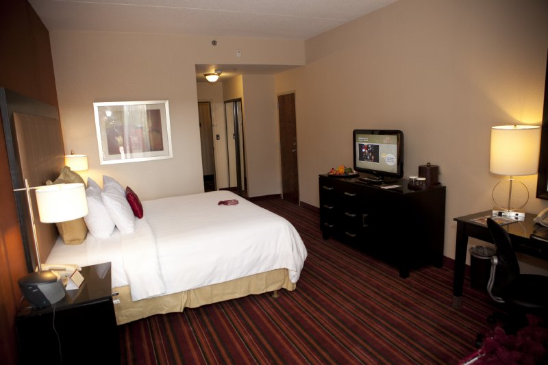 Crowne Plaza Fort Worth South
