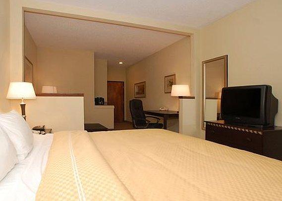 Comfort Suites Louisville - Louisville, KY