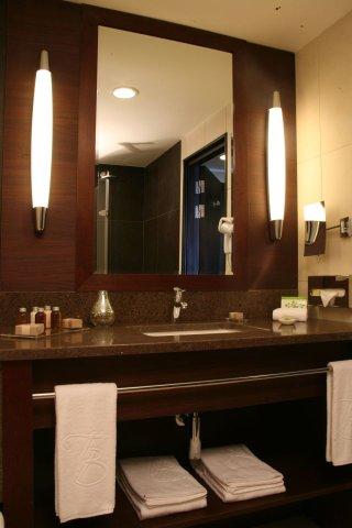 Terrou-Bi Beach & Casino Resort - Bathroom