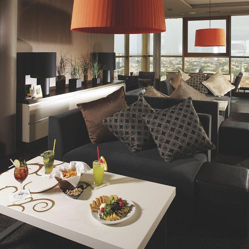 Radisson Blu Hotel Latvija Бар/гостиная