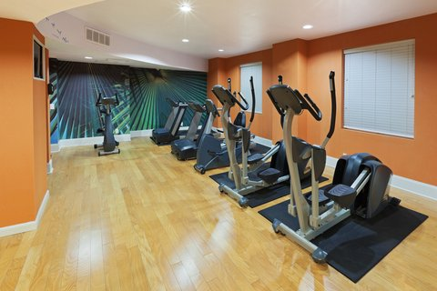 Hotel Indigo DALLAS DOWNTOWN - Fitness Center