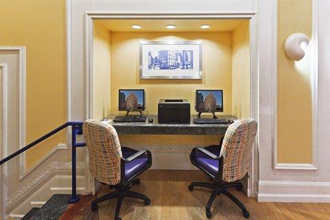 Hotel Indigo DALLAS DOWNTOWN - Business Center