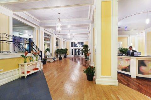 Hotel Indigo DALLAS DOWNTOWN - Hotel Lobby