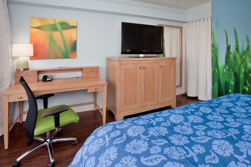 Hotel Indigo Durham Research Triangle Park Vista de la habitación