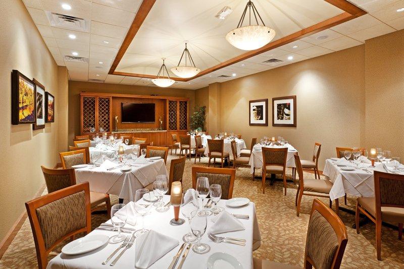 Crowne Plaza Hotel Greenville-I-385 Roper Mtn Road Ravintolat