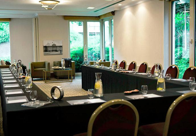 Marriott Executive Apartments Brüssel Tagungsraum