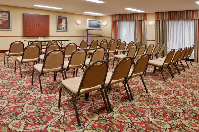 Holiday Inn Express MT. VERNON - Chesterville, OH