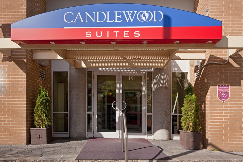 Candlewood Suites Montreal Centre-Ville Fasad