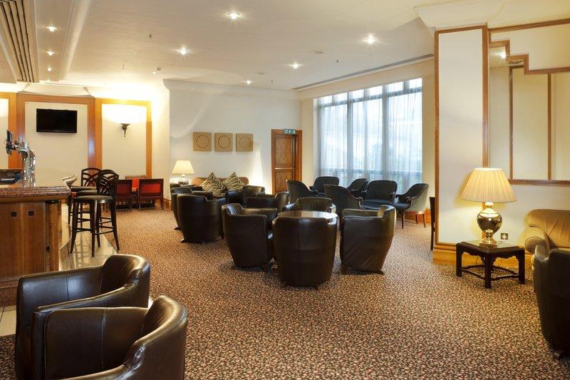 Holiday Inn London-Kings Cross/Bloomsbury Baari/lounge