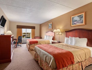 Ramada Harrisburg/Hershey Area - Standard Two Double Bed Room