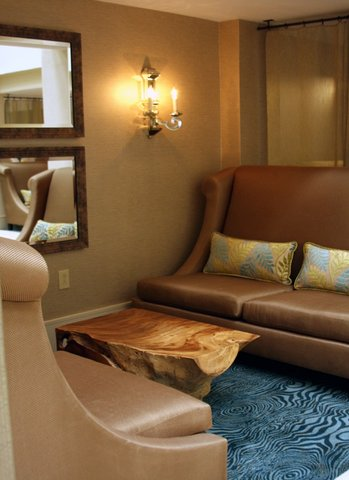 Quality Suites Convention Center Hotel - Charleston Airport Convention Center