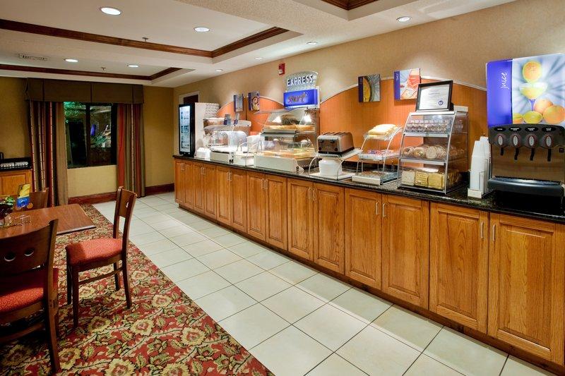 Holiday Inn Express & Suites KINSTON - Garland, NC