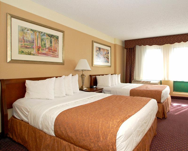 Quality Suites The Royale Parc Suites - Kissimmee, FL