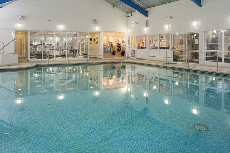 Holiday Inn  MAIDSTONE-SEVENOAKS Piscina