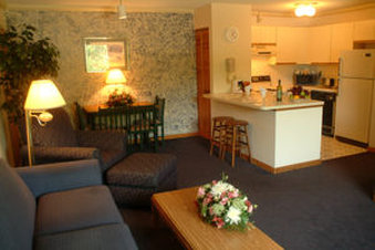 Groton Inn and Suites - Groton, CT