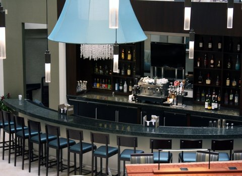 Quality Suites Convention Center Hotel - Charleston Low County Favorites