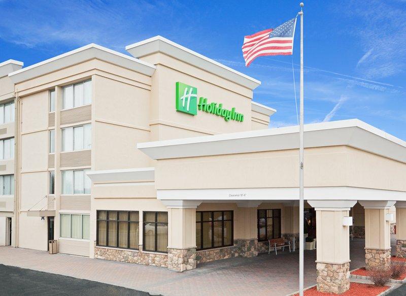 Holiday Inn Hotel & Suites Marlborough Vue extérieure