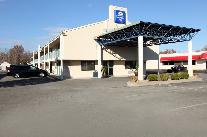Americas Best Value Inn / Carbondale - Carbondale, IL