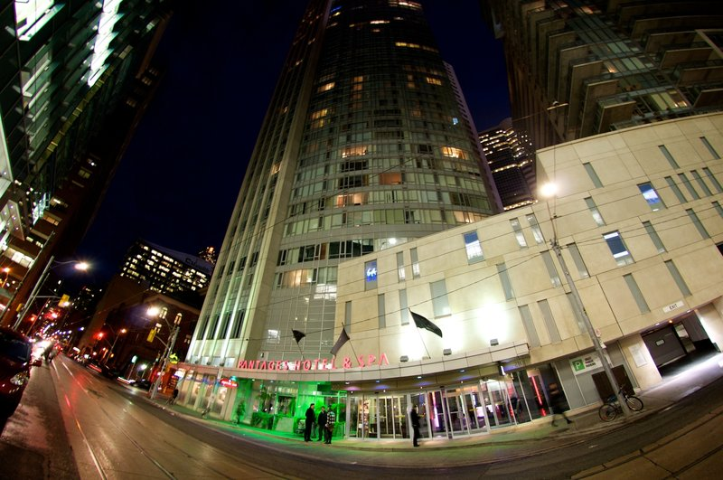 Pantages Hotel Toronto Centre 外観